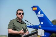 Inaugura el aeródromo Quinto de Don Pedro, en el término municipal de Los Yébenes (Toledo)