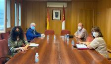 El Gobierno de Castilla-La Mancha se reúne con el alcalde Carrión de Calatrava para abordar el servicio de transporte en la localidad