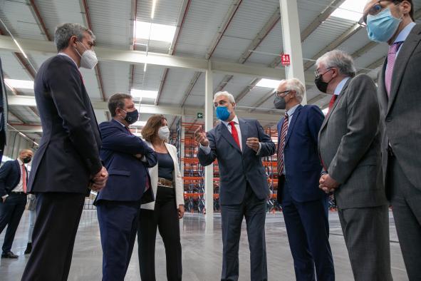 Inaugura el centro logístico 'Mountpark Illescas I  (Economía)