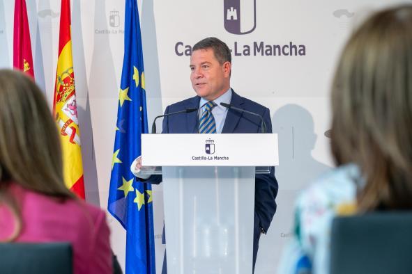 Inauguración de la residencia de mayores 'Cuna del Mayo', en Pedro Muñoz (Ciudad Real)