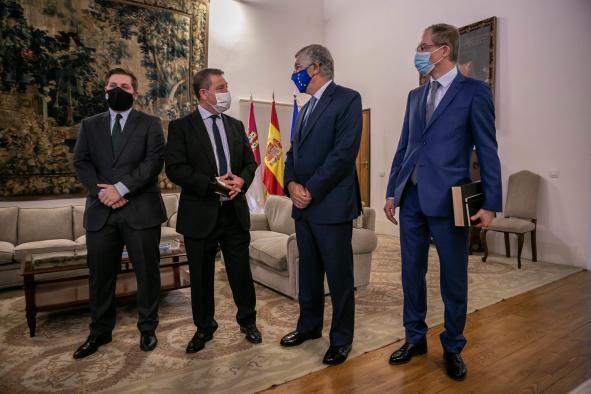 Reunión con el primer secretario de la embajada de Portugal en España