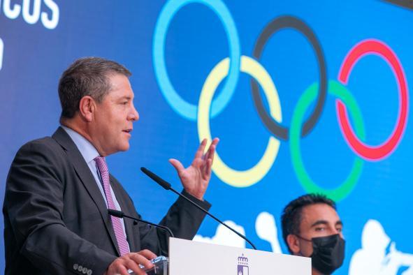 """García-Page anuncia la creación del Comité Olímpico Regional de Deporte Escolar para """"consagrar los valores olímpicos"""" en las aulas"""