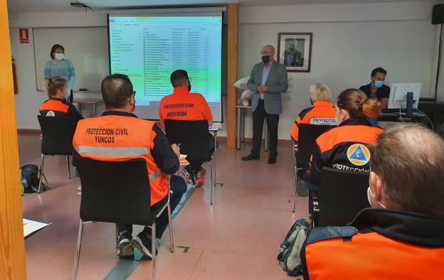 Un total de 13 integrantes de agrupaciones de voluntarios de Protección Civil se forman en Atención Higiénico-Alimentaria en Instituciones