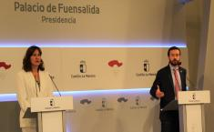 (2) El consejero de Desarrollo Sostenible, José Luis Escudero, ofrece una rueda de prensa